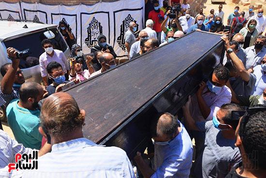 جنازة الفنانة شويكار (23)