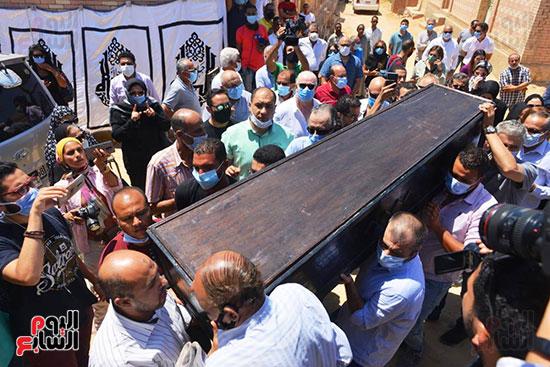 جنازة الفنانة شويكار (17)