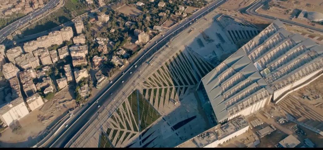 محيط المتحف المصرى الكبير (1)