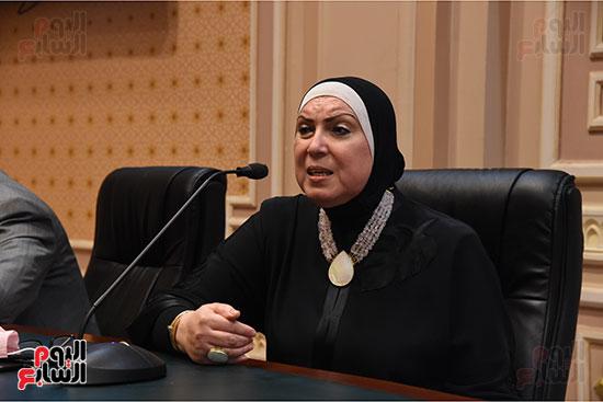 اجتماع لجنة الصناعة بمجلس النواب (2)