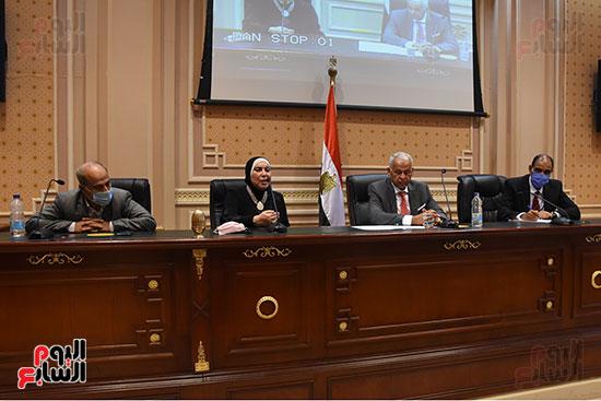 اجتماع لجنة الصناعة بمجلس النواب (5)