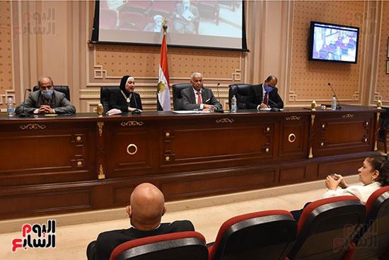 اجتماع لجنة الصناعة بمجلس النواب (8)