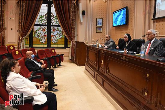 اجتماع لجنة الصناعة بمجلس النواب (10)