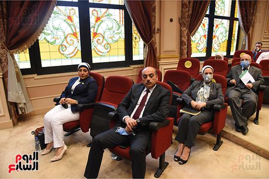 اجتماع لجنة الصناعة بمجلس النواب (3)