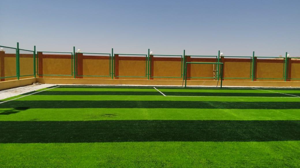 مدير شباب ورياضة الأقصر ورئيس مدينة الطود يتابعان تجهيزات المنشآت الشبابية (3)