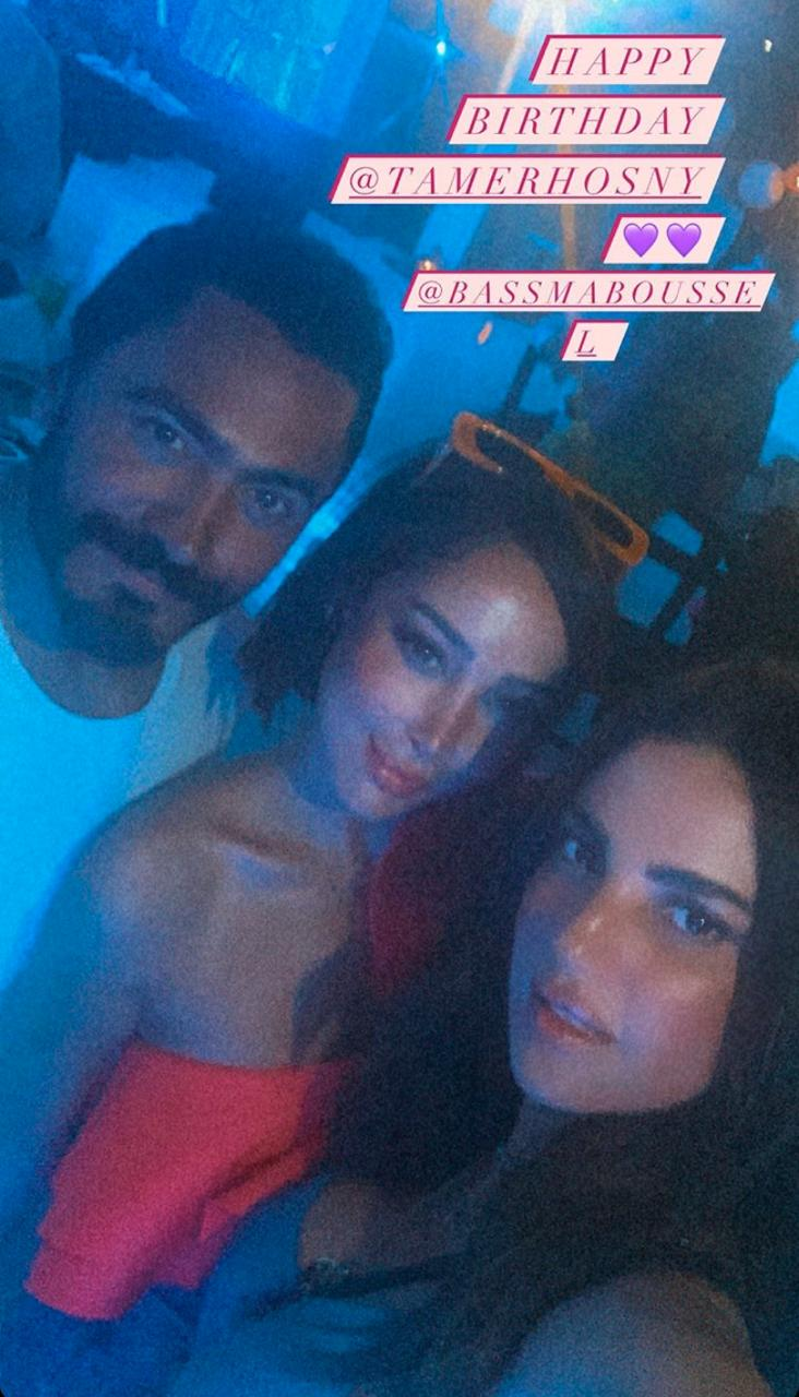 Tamer Hosni celebrates his birthday with his wife Basma Bousil with family and friends (2)