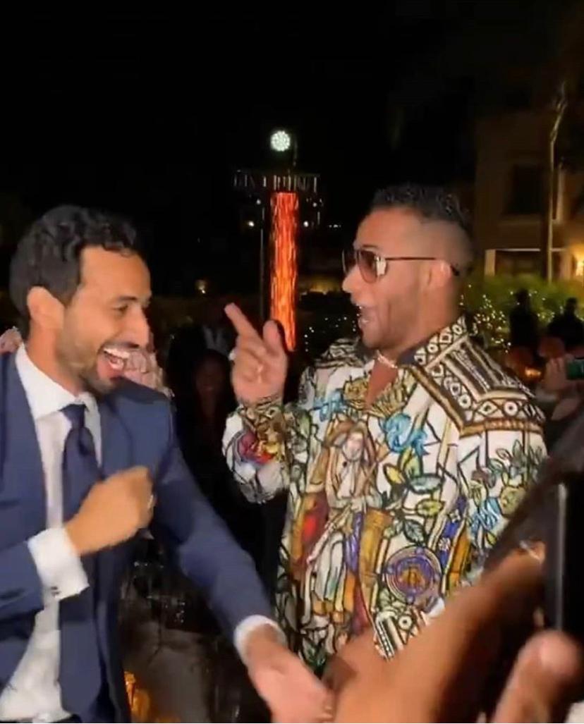محمد رمضان يغني في حفل خطوبة آيه العدل