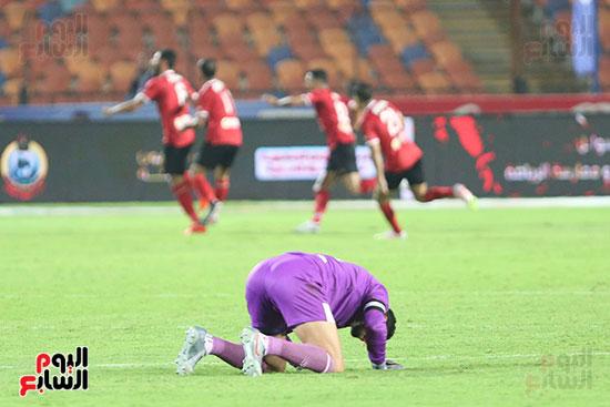 سجدة الشناوي بعد هدف الاهلي