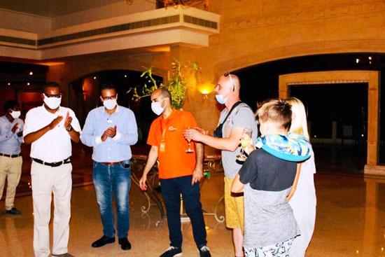 الأوربيون يصلون لشواطئ مالديف مصر من جديد (7)