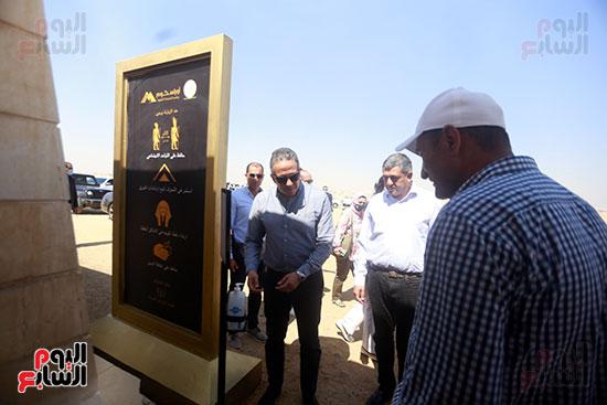 جولة وزير الآثار ورئيس هيئة السياحة  (3)