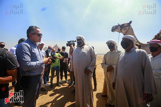 جولة وزير الآثار ورئيس هيئة السياحة   (11)