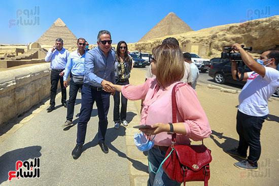 جولة وزير الآثار ورئيس هيئة السياحة  (32)