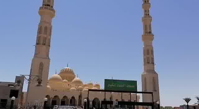 مساجد البحر الاحمر (1)