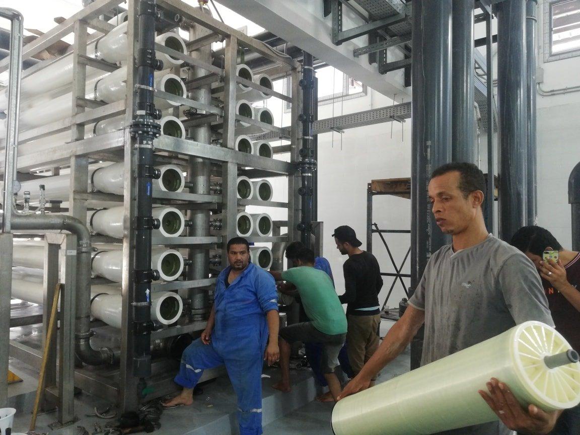 تكنولوجيا حديثة لتحلية مياه البحر وتوفير المياه العذبة لأهالى العريش  (2)