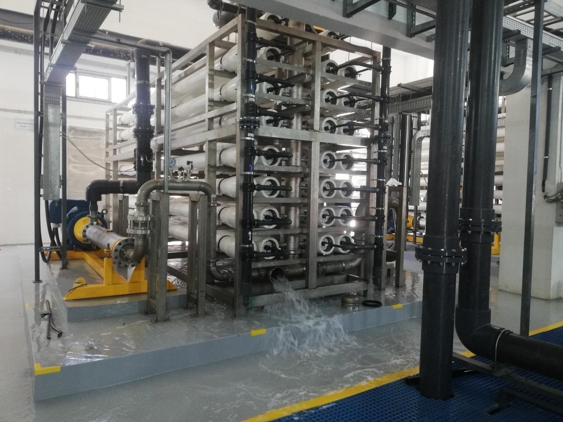 تكنولوجيا حديثة لتحلية مياه البحر وتوفير المياه العذبة لأهالى العريش  (1)