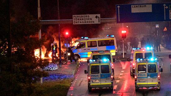 تعزيزات أمنية للسيطرة على غضب المتظاهرين