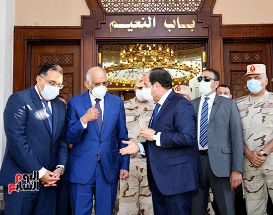 الرئيس-السيسي-يفتتح-مسجد-عبد-المنعم-رياض-بالإسكندرية