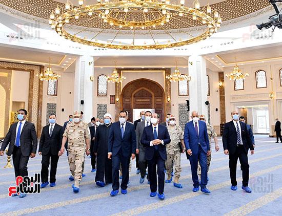 الرئيس-السيسي-يتفقد-مسجد-الفريق-عبد-المنعم-رياض