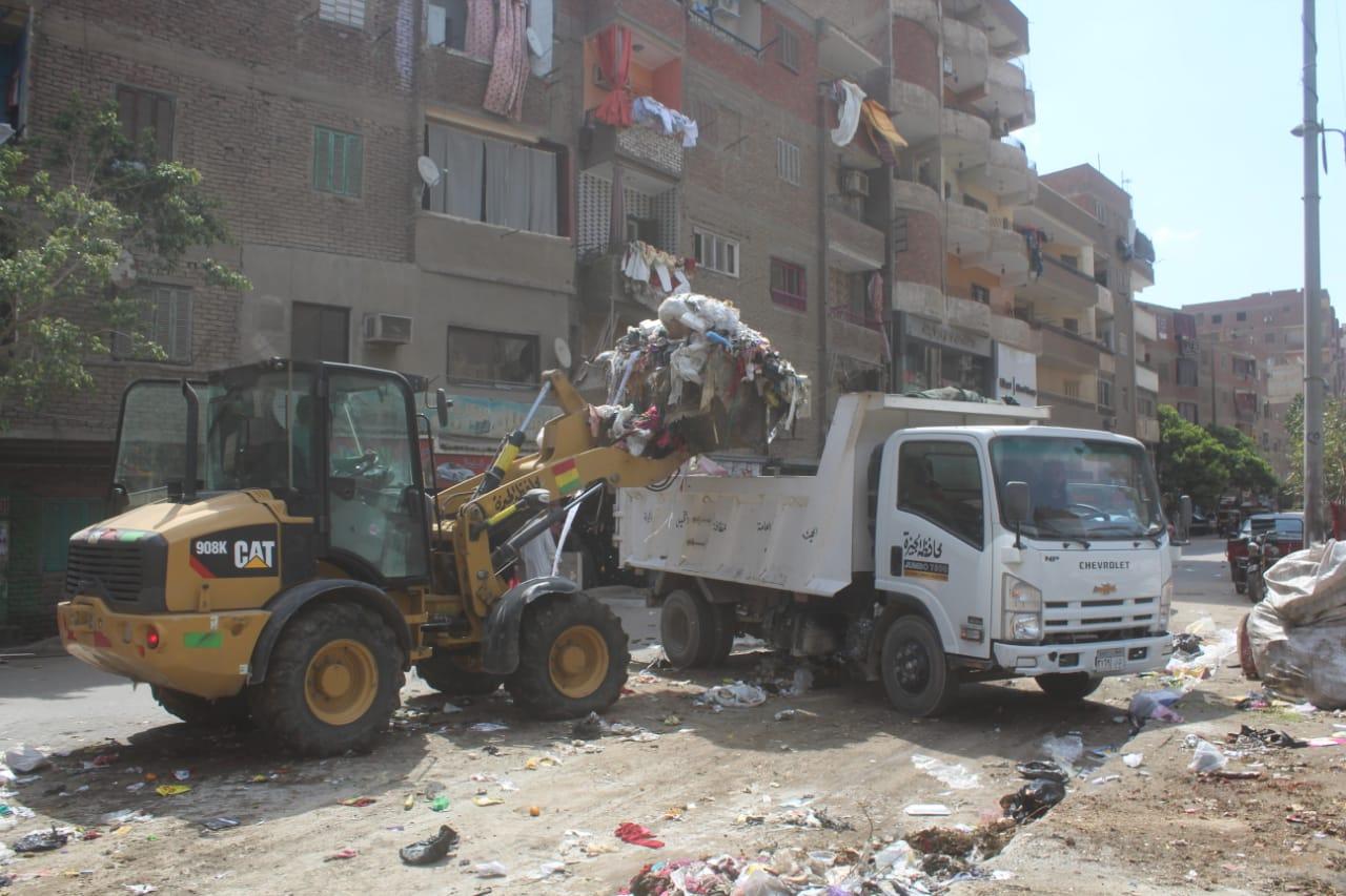 محافظة الجيزة مخلفات وقمامة فى عيد الاضحى (2)