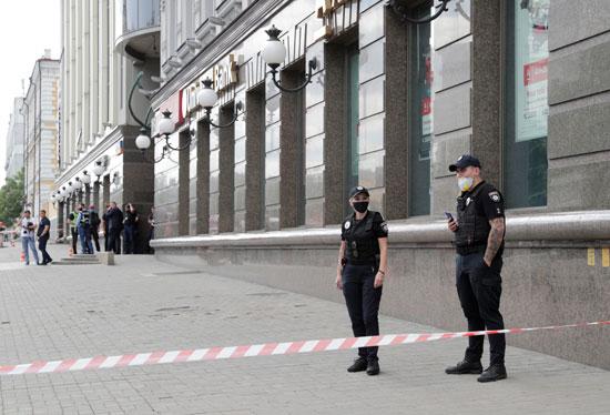 الأمن الاوكرانى بمكان الحادث