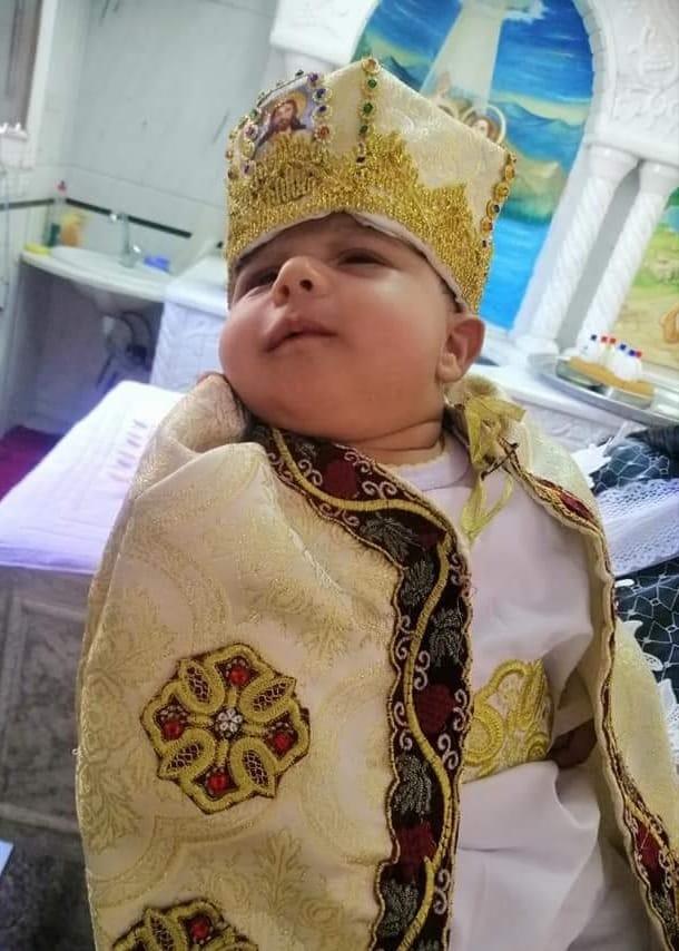 دير مارجرجس بالرزيقات يستقبل أول طفل لتعميده بعد 134 يوم من الغلق  (2)