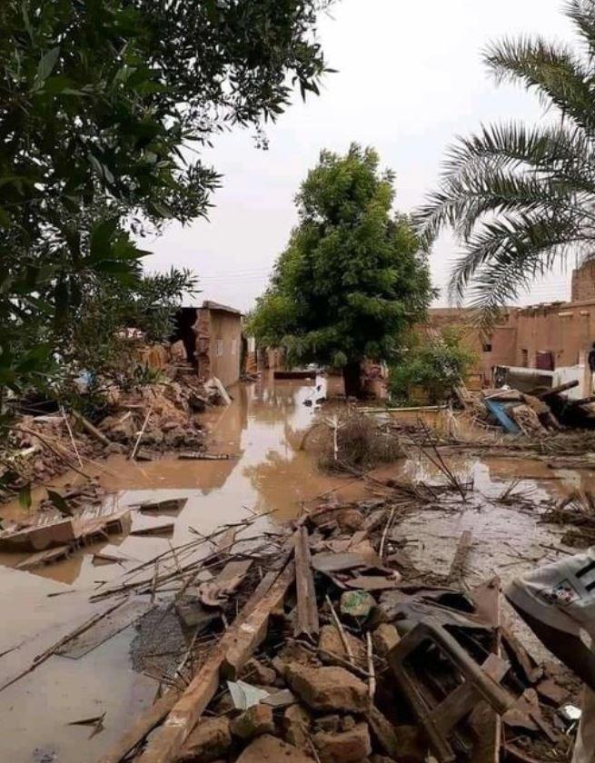 غرق شوارع في منطقة الإزيرقاب
