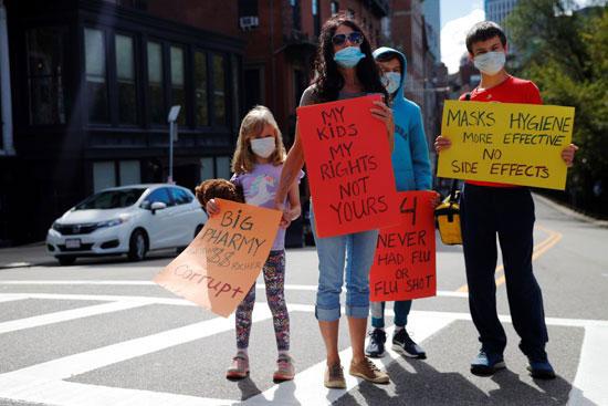 58092-أسرة-أمريكية-ترفض-القرار-الإجباري