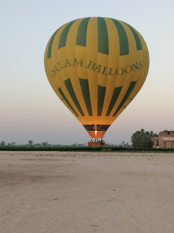 السياحة أولاً وأخيراً فى محافظة الأقصر (12)