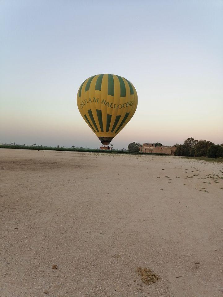 السياحة أولاً وأخيراً فى محافظة الأقصر (9)