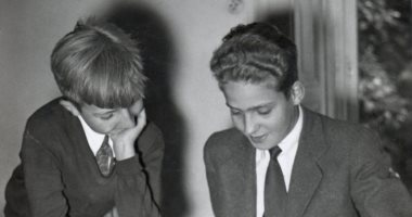 خوان كارلوس وشقيقه