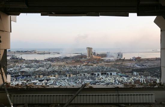 ميناء بيروت البحرى من داخل أحد المبانى المحيطة