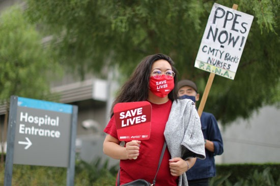 نقص معدات الوقاية يدفع الأطباء للتظاهر فى كاليفورنيا