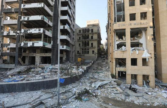 المبانى المحيطة بميناء بيروت