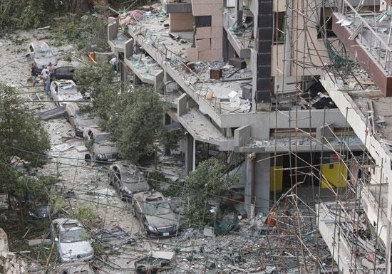 دمار السيارات جراء انفجار بيروت