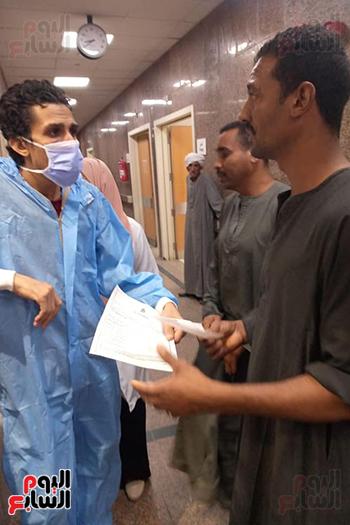 مدير-مستشفي-الأقصر-العام-يعلن-عودة-إستقبال-المرضى-بكل-التخصصات--(5)