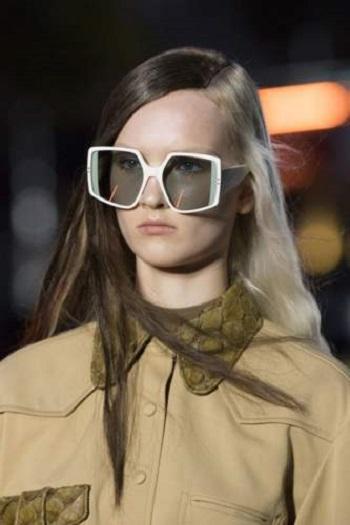 نظارة شمسية بيضاء