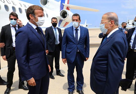 الرئيس اللبنانى يستقبل ماكرون فى بيروت