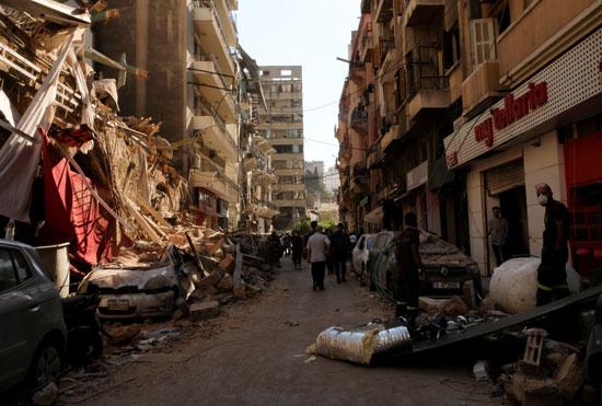 تحطم واجهات منازل جراء الانفجار
