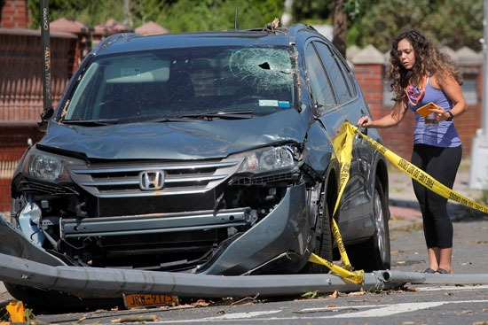 سيارات متضررة