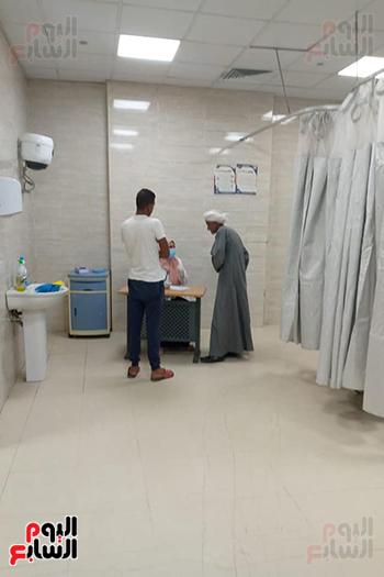 مدير-مستشفي-الأقصر-العام-يعلن-عودة-إستقبال-المرضى-بكل-التخصصات--(2)