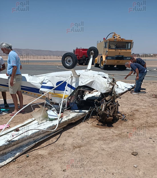 سقوط طائرة خاصة فى مهبط مطار الجونة بالغردقة (5)