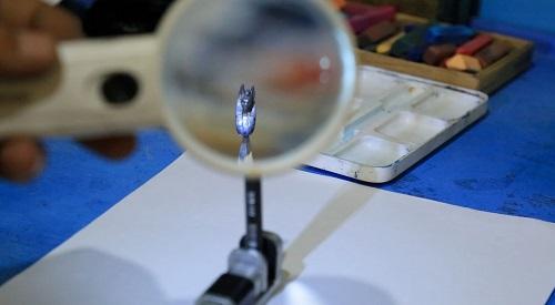 النحت على سن القلم الرصاص (6)