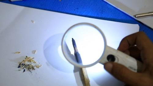 النحت على سن القلم الرصاص (7)