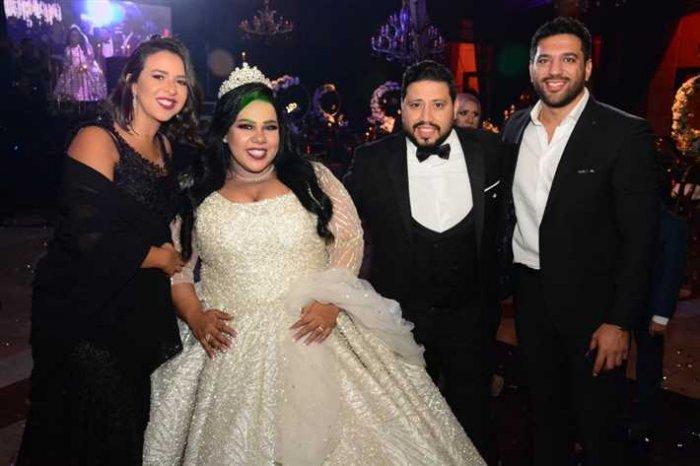 حسن الرداد وايمى سمير غانم فى حفل زفاف شيماء سيف