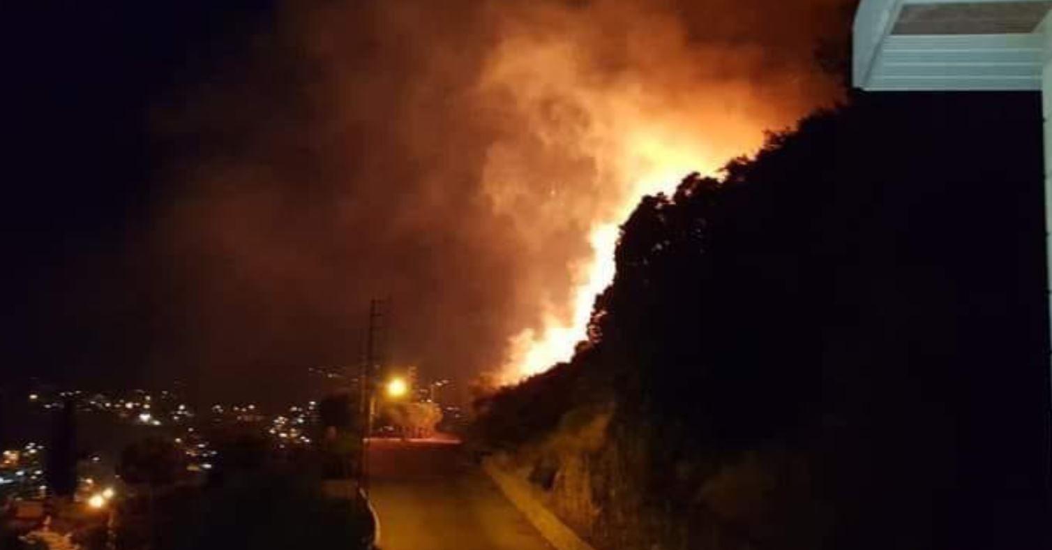 حريق في لبنان (1)