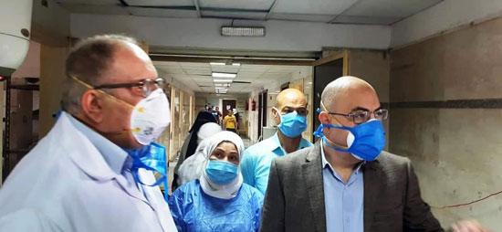 عميد-طب-بني-سويف-ومدير-المستشفى