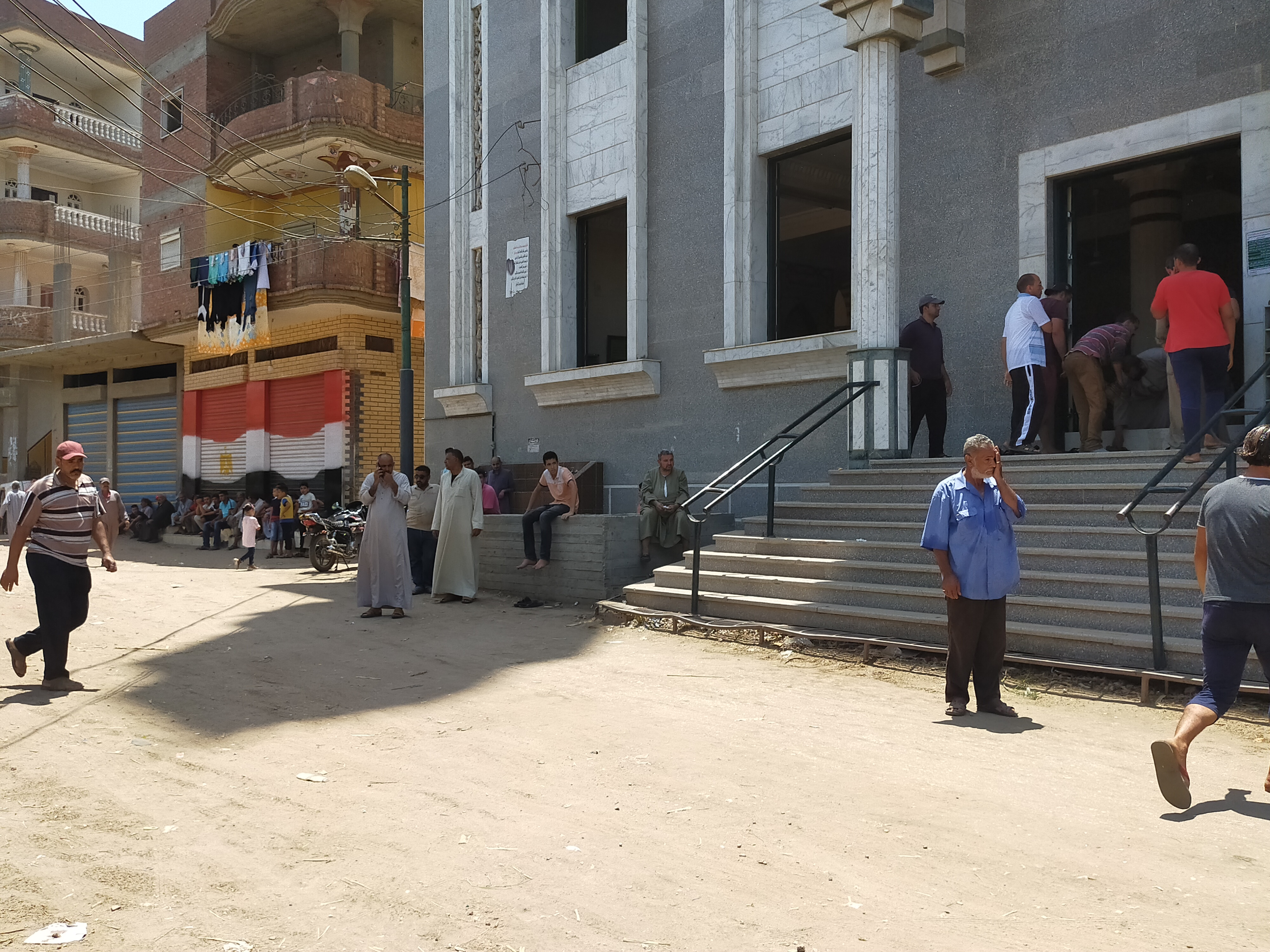 أهالى الغربية يودعون جثامين ضحايا انفجار مرفأ بيروت (1)