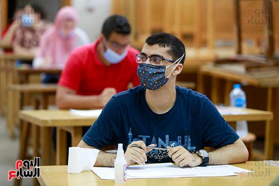 اختبارات القدرات بالجامعات (29)