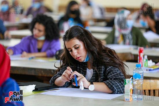 اختبارات القدرات بالجامعات (5)