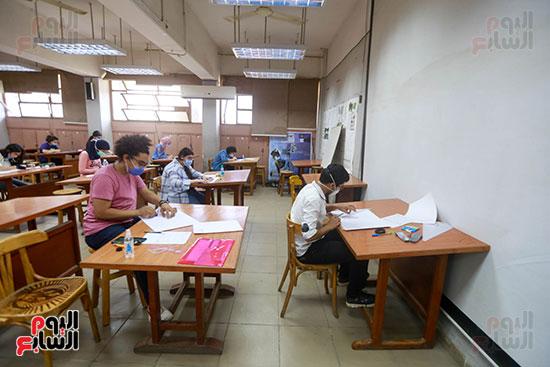 اختبارات القدرات بالجامعات (24)